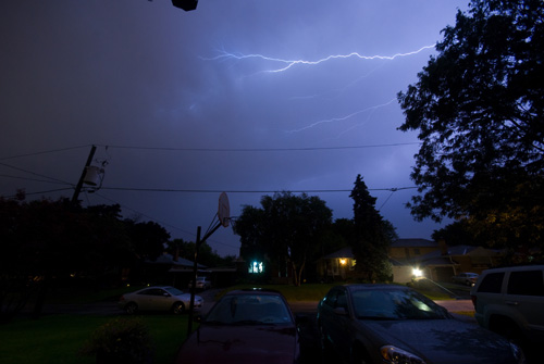 lightning_in_toronto_02