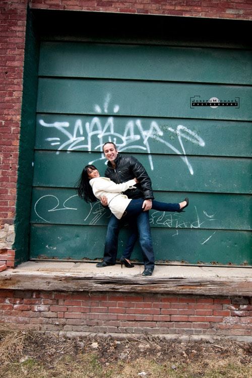 distillery_district_toronto_engagement_photos_05a