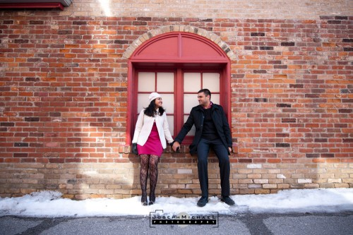 distillery_district_toronto_engagement_photos_08