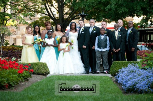 saint_james_park_toronto_wedding_photos_02