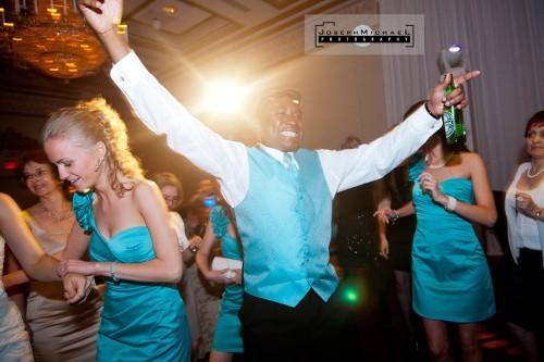 edwards_gardens_venetian_banquet_toronto_wedding_photography_25