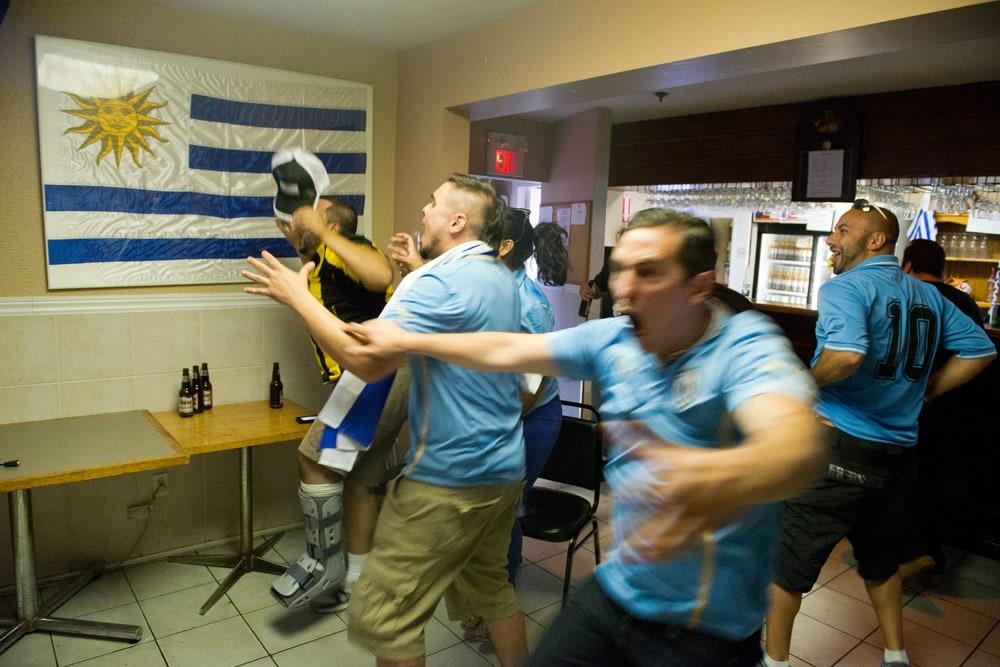 Uruguay_Fans_World_Cup_Toronto_016