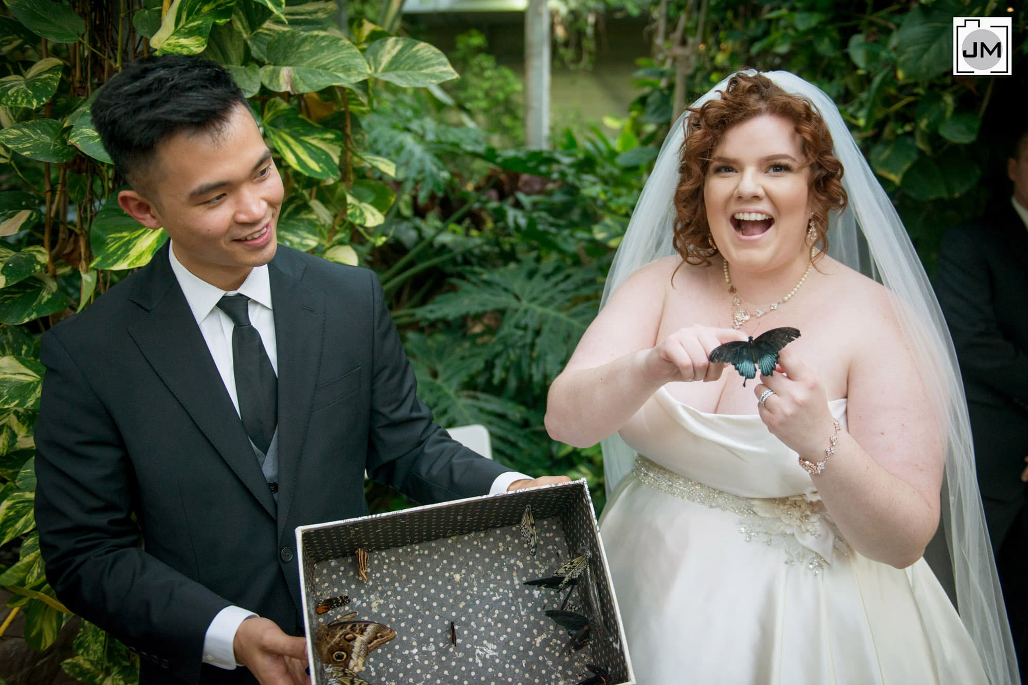 Cambridge_Butterfly_Conservatory_Wedding_018